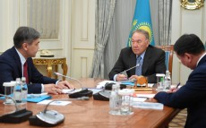 Meeting with Nurlan Yermekbayev, Kazakhstan's Defence Minister